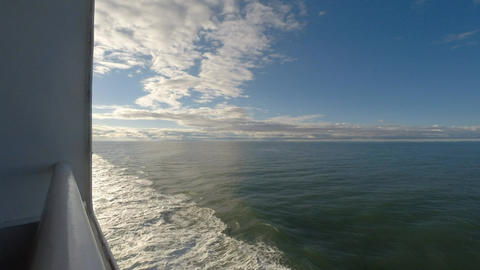 Large Ferry crossing between Vancouver and Vancouver Island Filmmaterial