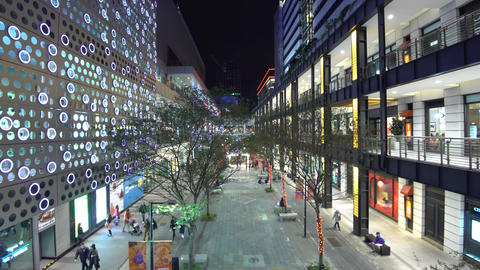 Shopping mall at night in downtown Taipei, Taiwan ภาพวิดีโอ