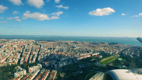 Airplane is Flying Above the Lisbon ビデオ
