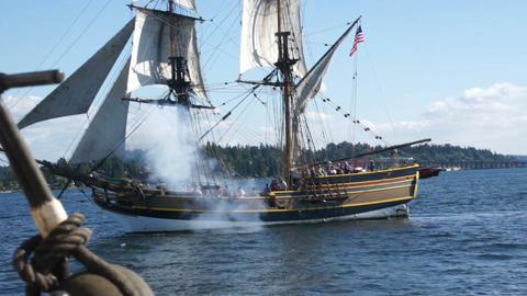 Lady Washington fires on The Hawaiian Chieftain 14082 1 Stock Video Footage