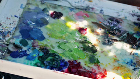 Paint mixing board, Live Action