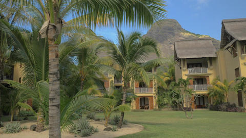 Tropical resort with hotels and palm garden, Mauritius Archivo