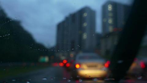 Light Rain On Winshield At Dawn Filmmaterial