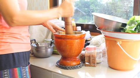 Thai Papaya Salad Cooking Live Action
