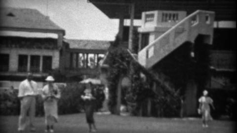 1934: Hialeah Park Race Track family private tour before race Live Action