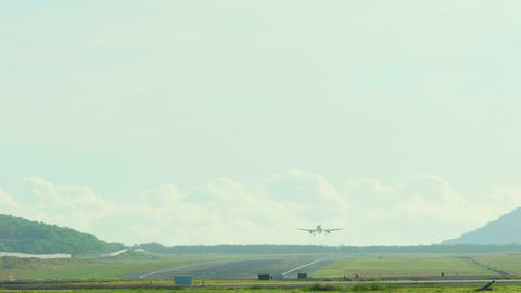 Airbus 320 landing Footage