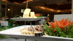 Thailand Pattaya 034 ravindra beach resort, close up of snack on buffet ビデオ