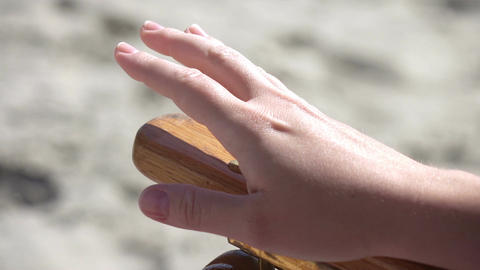 Video of hand beating a rhythm in real slow motion Live Action