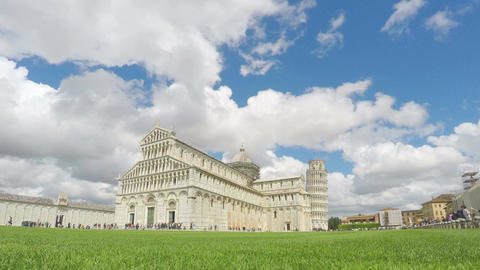 Thousands of tourists visiting tower of Pisa and cathedral, clouds timelapse Footage