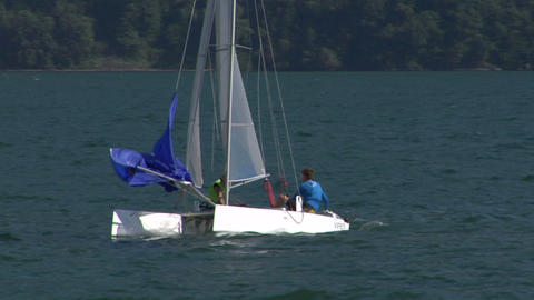 catamaran 17 e Stock Video Footage