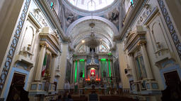 Interior view of a historical church 画像