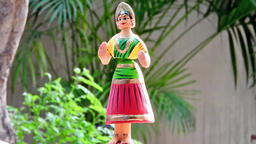 Thanjavur Dancing doll Footage