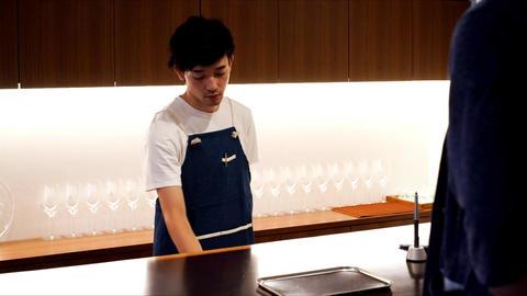 Hospitality industry · men · counter register · hot drink ライブ動画