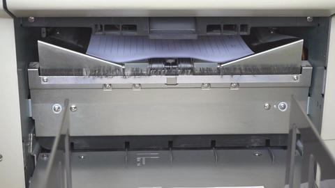 Machine working in print shop ビデオ