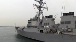 USS Fitzgerald Departs Yokosuka, Japan Filmmaterial