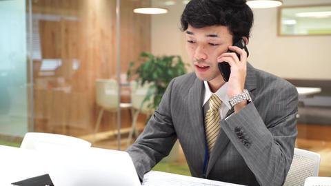 Business image (men · office · telephone) ビデオ