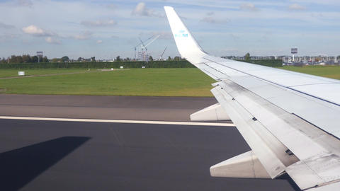 Video of airplane taking off in 4K Footage