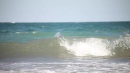 Summer sea waves on the beach Filmmaterial