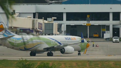 HS-DBV - Nok Air Boeing 737-800 taxis to the terminal Footage