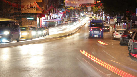 4K Timelapse traffic on road in city at night Filmmaterial