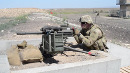 Soldiers Qualify on the M9 Pistol and MK-19 Grenade Launcher Stock Video Footage