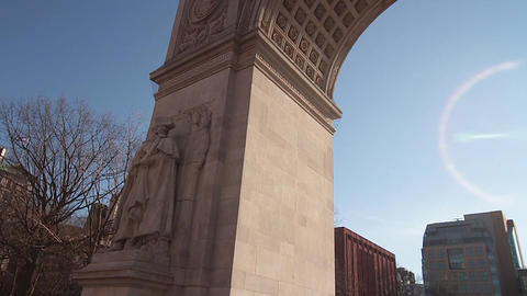 George Washington Arch Traveling Souls From One Statue To Another Filmmaterial