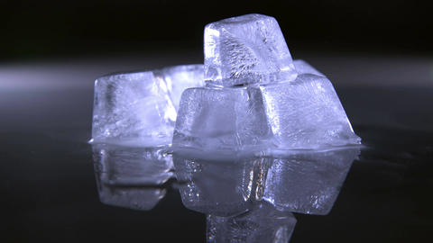 Melting Ice Cubes Filmmaterial