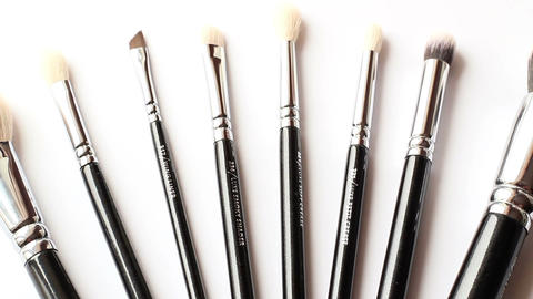Cosmetic Brush 2
