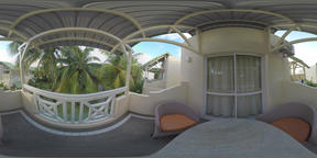 360 VR View to the guest houses among the palms, Mauritius ビデオ