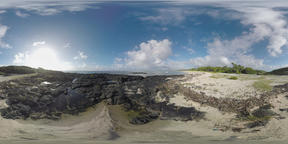 360 VR Ocean coast with rocks and sandy beach in Mauritius ビデオ