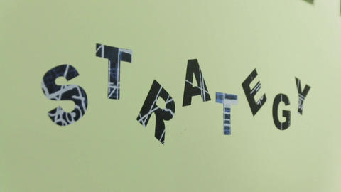Strategy Word on the Wall ビデオ