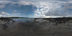 360 VR Timelapse of ocean and sailing clouds in Mauritius Filmmaterial