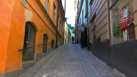 Ancient narrow street in central Stockholm. Old town. 4K GIF 動畫