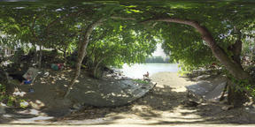 360 VR People spending time in quiet place by the river, Mauritius Archivo