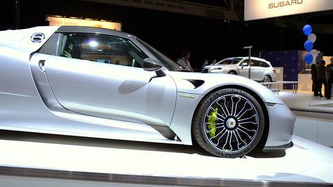 Porsche 918 Spyder Live Action