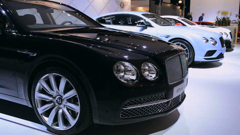 Bentley motor show stand with the Flying Spur and Continental GT Live Action