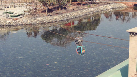 Small gondola Live Action