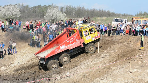 Off Road Truck Trial Championship Footage