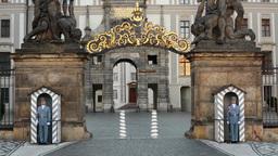 PRAGUE, CZECH REPUBLIC - SEPTEMBER 2013: Prague Castle - gateway and guards Footage
