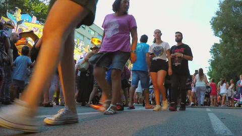 Big Summer Crowd Walking Footage
