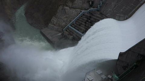 湯田ダム 放水 Spray in a dam(Japan) ライブ動画