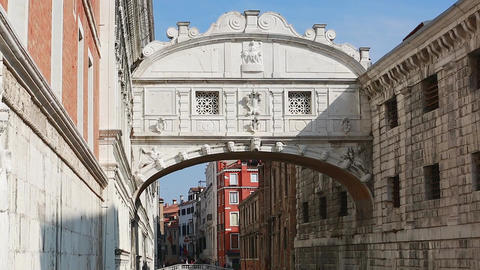 Boat Passing Under Bridge of Sighs Footage