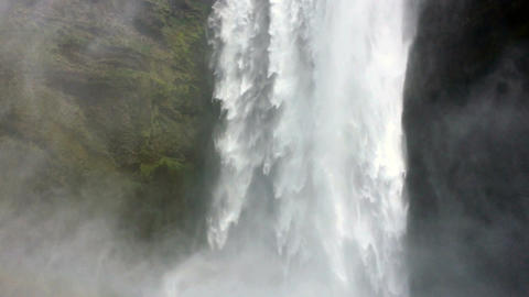 Skogarfoss Waterfall1FHD0 5 29 97 ビデオ