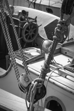 Block tackle knots mono Copyspace Photo