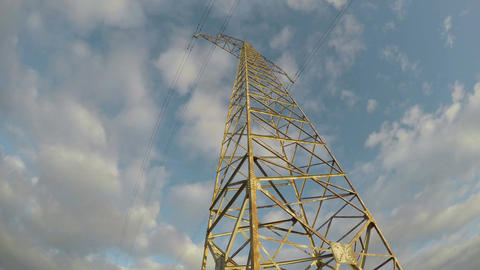 Electrical pylon on sunny cloudy evening, time lapse 4K Filmmaterial