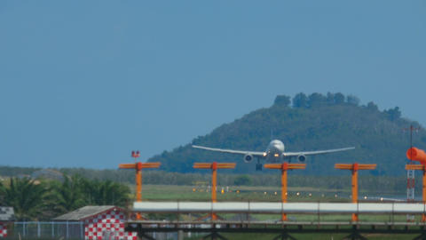 Airbus 330 approaching and landing Live Action