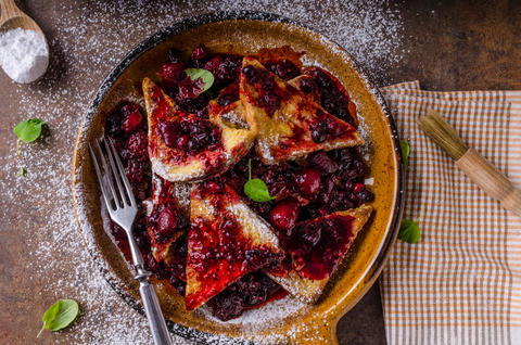 French toats with berries Photo