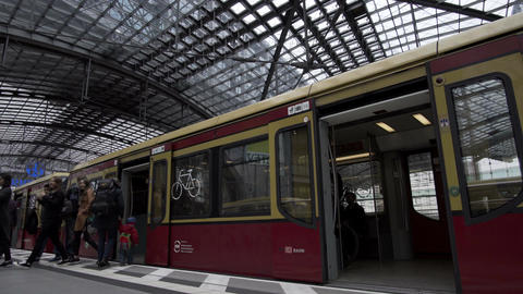 Berlin Hauptbahnhof Indoor S-Bahn Rapid Transit Train Arrives Footage