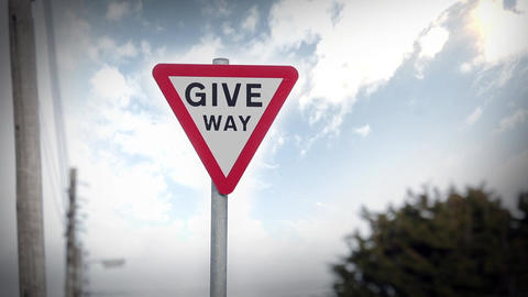 Give Way Sign Filmmaterial