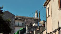 Spain Mallorca Island Sineu village 006 church nave between Spanish houses Footage